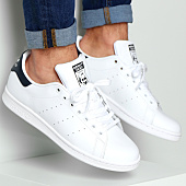 /achat-baskets-basses/adidas-baskets-stan-smith-m20325-running-white-new-navy-44324.html