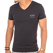 /achat-t-shirts/guess-tee-shirt-u77m13jr003-noir-109389.html