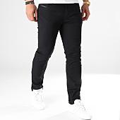 /achat-jeans/diesel-jean-slim-thommer-00sw1p-0688h-noir-122718.html