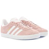 /achat-baskets-basses/adidas-baskets-femme-gazelle-by9544-icey-pink-footwear-white-gold-metallic-124599.html