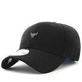 /achat-casquettes-de-baseball/new-era-casquette-pin-badge-chicago-bulls-nba-noir-124589.html