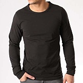 /achat-t-shirts-manches-longues/jack-and-jones-tee-shirt-manches-longues-o-neck-noir-133555.html