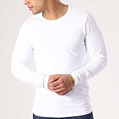/achat-t-shirts-manches-longues/jack-and-jones-tee-shirt-manches-longues-o-neck-blanc-133570.html
