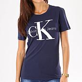 /achat-t-shirts/calvin-klein-tee-shirt-femme-shrunken-bleu-marine-134408.html