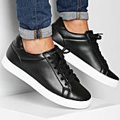 /achat-baskets-basses/lbo-baskets-nz-001-442-noir-semelle-blanche-136972.html