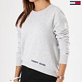 /achat-sweats-col-rond-crewneck/tommy-hilfiger-jeans-sweat-crewneck-femme-clean-logo-4518-gris-chine-142087.html