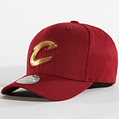 /achat-casquettes-de-baseball/mitchell-and-ness-casquette-cleveland-cavaliers-metallic-logo-intl118-bordeaux-dore-142252.html