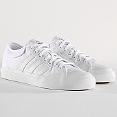 /achat-baskets-basses/adidas-baskets-matchcourt-f37382-core-white-footwear-white-143080.html