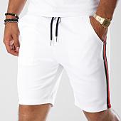 /achat-shorts-jogging/aarhon-short-jogging-210-avec-bandes-blanc-vert-kaki-rouge-144174.html