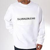 /achat-sweats-col-rond-crewneck/calvin-klein-sweat-crewneck-oversize-institutional-logo-relaxed-8019-blanc-146782.html