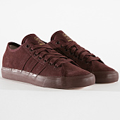 /achat-baskets-basses/adidas-baskets-matchcourt-rx-b27768-hi-res-red-gold-met-147021.html