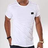 /achat-t-shirts/antony-morato-tee-shirt-mmks01417-blanc-147991.html