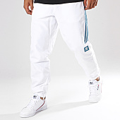 adidas - Pantalon Jogging Bandes Brodées Classic DN9759 Blanc Bleu Clair 759f1dd0d3d