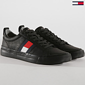 /achat-baskets-basses/tommy-hilfiger-jeans-baskets-flag-detail-leather-fm0fm01712-black-148776.html
