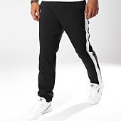 /achat-pantalons-carreaux/sixth-june-pantalon-avec-bandes-m3554cpa-noir-149632.html