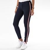 /achat-pantalons-carreaux/only-pantalon-femme-avec-bandes-evie-bleu-marine-149871.html