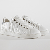 /achat-baskets-basses/guess-baskets-femme-flce34lea12-white-150111.html