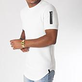 /achat-t-shirts-longs-oversize/uniplay-tee-shirt-oversize-poche-bomber-uy255-blanc-151300.html