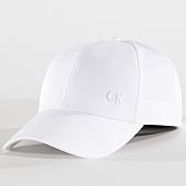 /achat-casquettes-de-baseball/calvin-klein-casquette-2533-blanc-151885.html