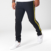 /achat-jeans/cheap-monday-jean-slim-bandes-brodees-tight-noir-jaune-152048.html