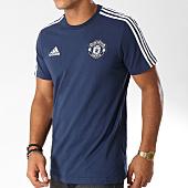 /achat-t-shirts/adidas-tee-shirt-manchester-united-fc-3-stripes-cw7666-bleu-marine-blanc-152935.html