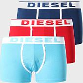 /achat-boxers/diesel-lot-de-3-boxers-damien-00st3v-0jkkc-blanc-bleu-marine-rouge-bleu-clair-153964.html