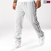 /achat-pantalons-joggings/tommy-hilfiger-jeans-pantalon-jogging-velours-5117-gris-154271.html