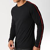 /achat-t-shirts-manches-longues/lbo-tee-shirt-manches-longues-avec-bandes-noir-et-rouge-533-noir-156329.html