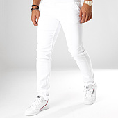 /achat-chinos/black-needle-pantalon-chino-1011-blanc-156682.html