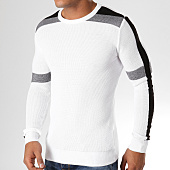 /achat-pulls/classic-series-pull-avec-bandes-ad027-blanc-noir-156777.html