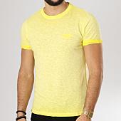 /achat-t-shirts/superdry-tee-shirt-low-roller-jaune-chine-160188.html