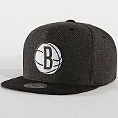 /achat-snapbacks/mitchell-and-ness-casquette-snapback-brooklyn-nets-varisty-gris-anthracite-noir-161623.html