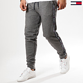 /achat-pantalons-joggings/tommy-hilfiger-jeans-pantalon-jogging-bandes-brodees-track-0706-gris-chine-161754.html