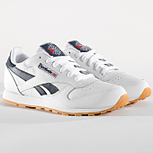 /achat-baskets-basses/reebok-baskets-femme-classic-leather-dv4567-white-collegiate-navy-gum-163484.html