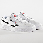 /achat-baskets-basses/reebok-baskets-revenge-plus-mu-dv4065-white-black-163483.html
