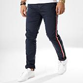 /achat-chinos/deeluxe-pantalon-chino-avec-bandes-bandit-bleu-marine-164106.html