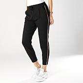 /achat-pantalons-carreaux/vero-moda-pantalon-femme-mr-loose-eva-noir-rose-164222.html