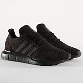 /achat-baskets-basses/adidas-baskets-femme-swift-run-f34314-core-black-164332.html