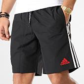 /achat-shorts-jogging/adidas-short-jogging-manchester-united-avec-bandes-dp2330-noir-164812.html