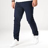 /achat-chinos/celio-pantalon-chino-nobelt1-bleu-marine-165183.html