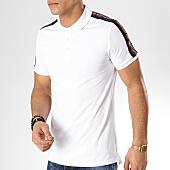 /achat-polos-manches-courtes/antony-morato-polo-manches-courtes-avec-bandes-abbigliamento-blanc-165288.html