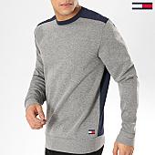 /achat-sweats-col-rond-crewneck/tommy-hilfiger-jeans-sweat-crewneck-1027-gris-chine-bleu-marine-165539.html