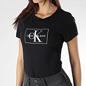 /achat-t-shirts/calvin-klein-tee-shirt-femme-outline-monogram-8604-noir-166030.html