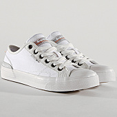 /achat-baskets-basses/superdry-baskets-trophy-classic-low-mf1103ht-x2y-white-glacier-grey-167168.html