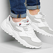 /achat-baskets-basses/fila-baskets-vault-cmr-jogger-low-1010587-1fg-white-167687.html