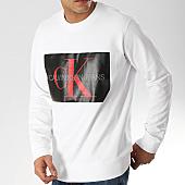 /achat-sweats-col-rond-crewneck/calvin-klein-sweat-crewneck-monogram-box-logo-7746-blanc-noir-168697.html