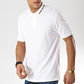 /achat-polos-manches-courtes/calvin-klein-polo-manches-coutres-institutionnal-collar-1172-blanc-168727.html