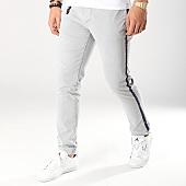 /achat-chinos/celio-pantalon-chino-a-bandes-notape-gris-clair-168803.html