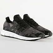 /achat-baskets-basses/adidas-baskets-swift-run-bd7977-core-black-footwear-white-169005.html