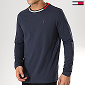 /achat-t-shirts-manches-longues/tommy-hilfiger-jeans-tee-shirt-manches-longues-1174-bleu-marine-170057.html
